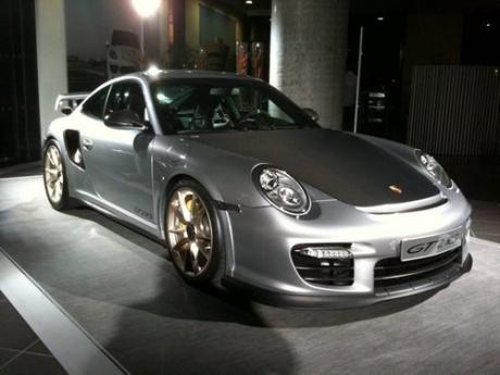Automotive Preview of Porsche 911 GT2 RS